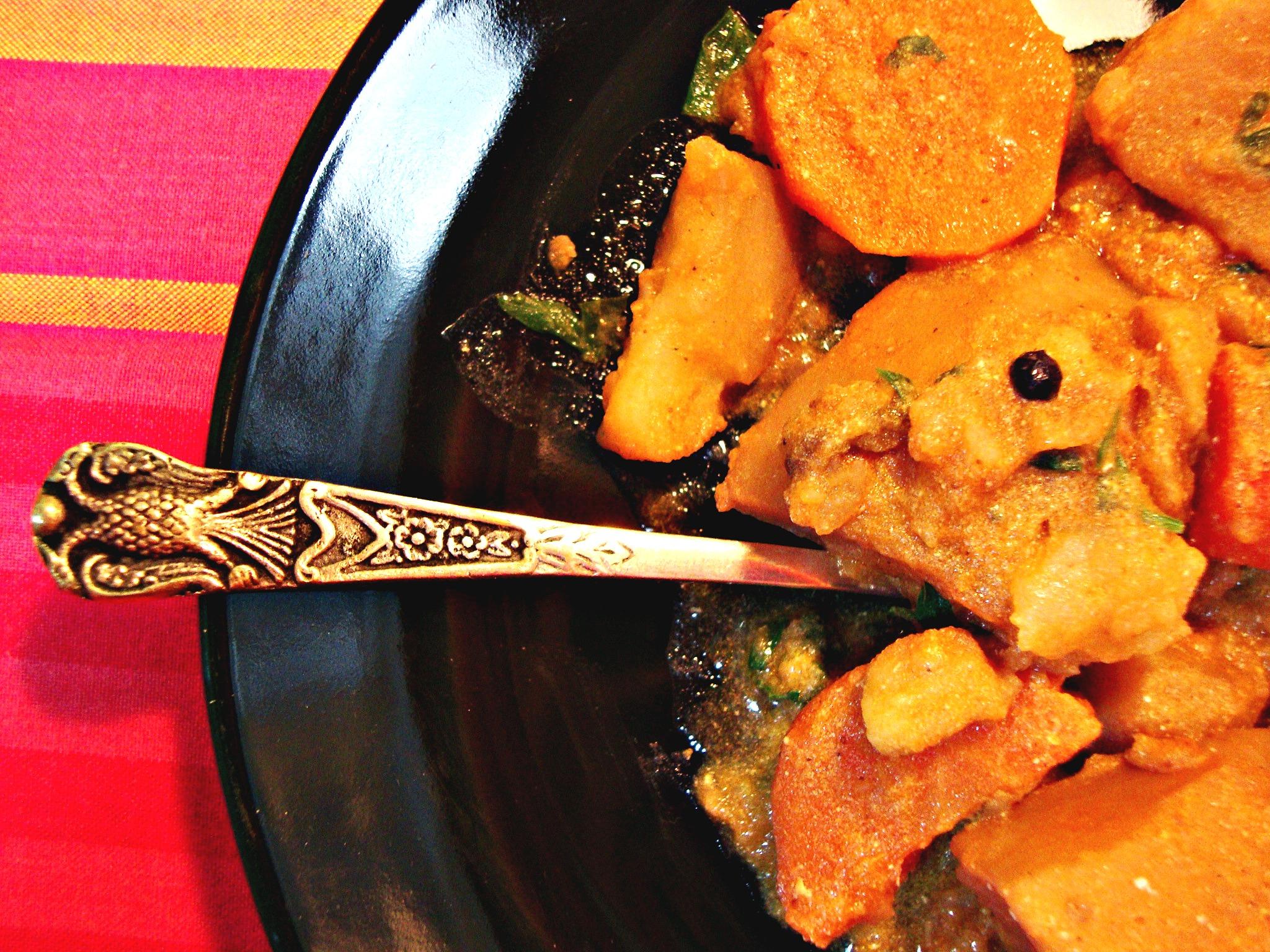Πατάτες γιαχνί... ινδικού τύπου