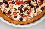 tart_goat cheese_tomato_olives_onions